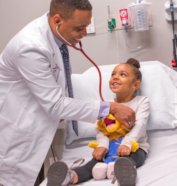 Friendly Treatment given to kids by doctor